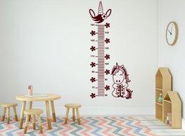 Muursticker groeimeter eenhoorn bordeaux rood | Rosami