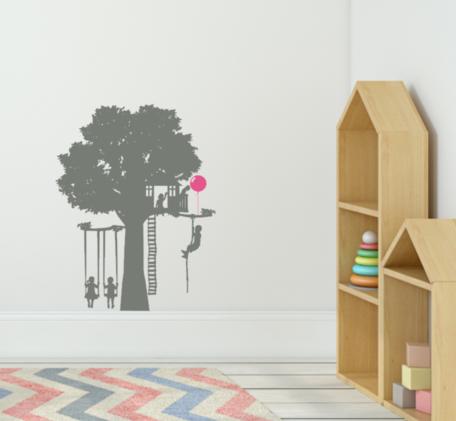 Muursticker speelboom | Kinderen op schommel + ballon | Thema Speeltuin | Rosami Decoratiestickers