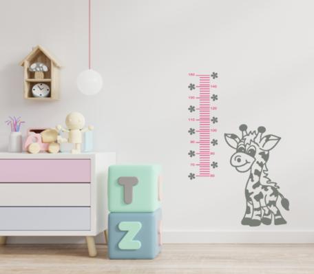 Muursticker groeimeter giraf roze / lichtgrijs | Rosami Decoratiestickers