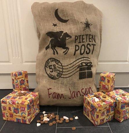 Jute cadeau zak groot met naam | Rosami | Sinterklaas